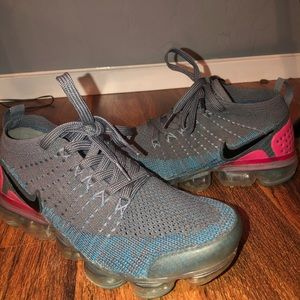 Nike vapormax shoes size 6.5
